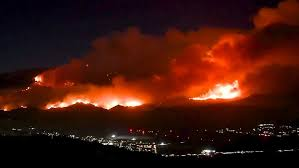 20,000-acre Apple wildfire in Southern California remains zero ...