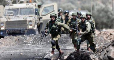 إصابة عشرة فلسطينيين بينهم صحفي بالمطاطي خلال قمع مسيرة لمساندة الأسرى في نابلس